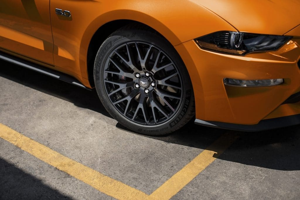2020 Ford Tires Mustang